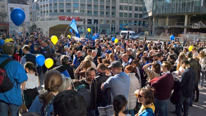 "Un nuovo movimento ""pro-europeo"".  ""Pulse of Europe"" cresce sempre più. Pulse-of-Europe-Francesco-Guerzoni-Twitter-800x450"